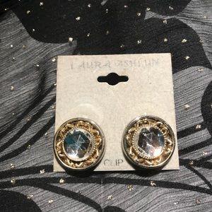 Laura Ashlun Vintage Clip On Earrings
