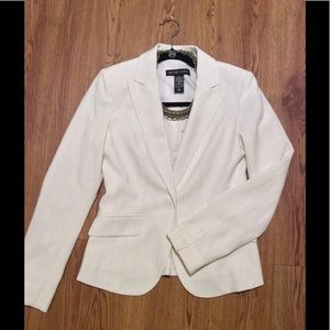 20% off BUNDLES NWOT Cream Blazer with Silver