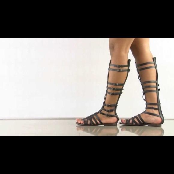6eb780a9e7c Steve Madden Sparta leather gladiator sandal. M 59ee9d39680278372a002380
