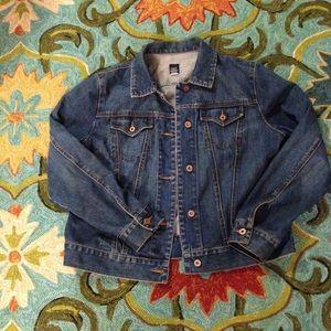 Gap jean jacket size women's XL.
