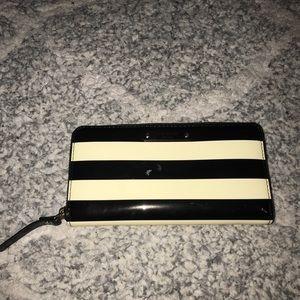 Kate Spade Large Zipped Wallet