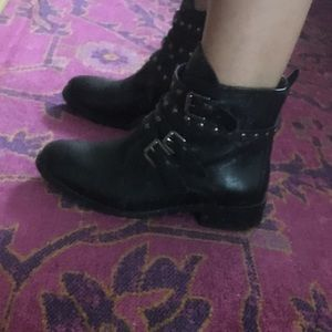 Bella Vita Italian leather ankle boots
