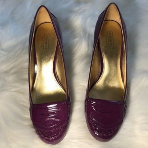 COACH PURPLE PATENT LEATHER PENNY LOAFER HEELS