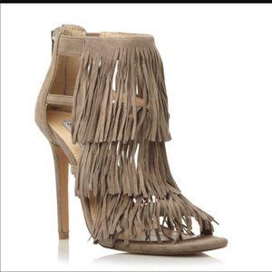NWOT Steve Madden fringe heels