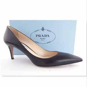 New PRADA Size 39 Black Leather Classic Heel Pumps