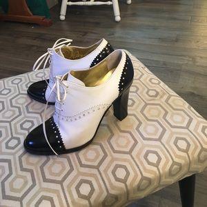 Dolce Gabbana high heel oxford.