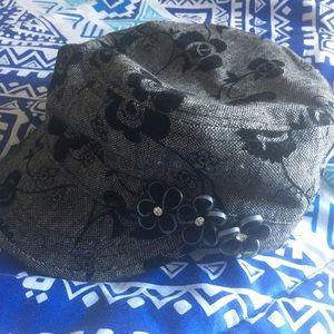 Women's black hat