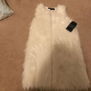 White Faux Fur Vest Almost Famous NWT XS