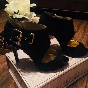 Black heels 👠