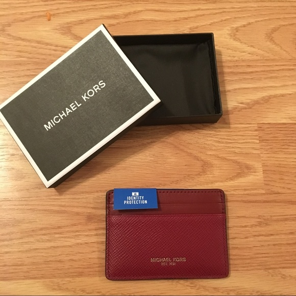 ed6d1af05d42 Michael Kors Leather Card Case Malbec New in Box!
