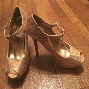 Steve Madden gold sequin heels!
