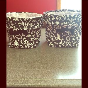 2 Collapsible thirty one bins