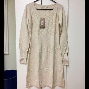 Pretty NWT Prana Zora sweater dress 👗!