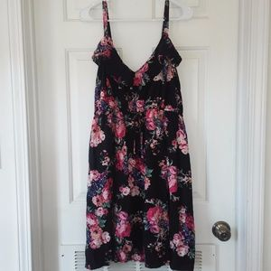 CuTe! Torrid Butterfly/floral above knee dress