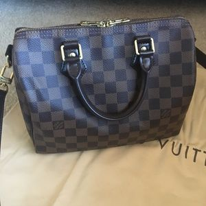 Louis Vuitton Bandouliere Speedy 25