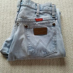 Wrangler high waisted vintage jeans