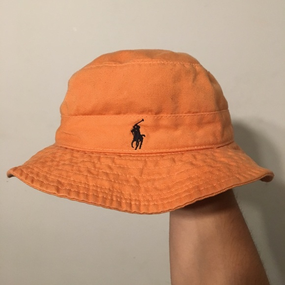 Vintage polo logo Ralph Lauren bucket hat. M 59eebfe536d594bcbe011105 15acc3a04e5
