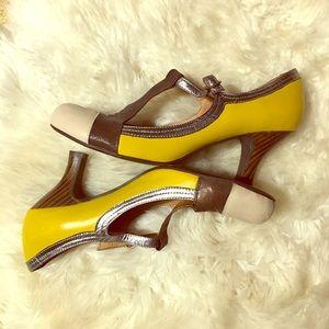 Jeffrey Campbell yellow wood grain heel