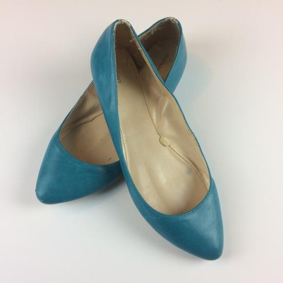 1866cf36802 Women s Old Navy Blue Pointy Toe Flats Size 9. M 59eec35b5a49d0f1ec0137f0
