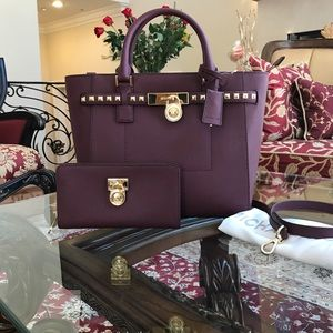 Authentic Michael kors Hamilton handbag&wallet set
