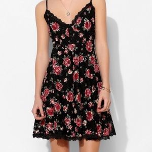 Betsey Johnson Floral print lace dress
