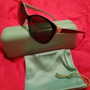 EUC Tiffany & Co. 4086 Black/Blue Heart Sunglasses
