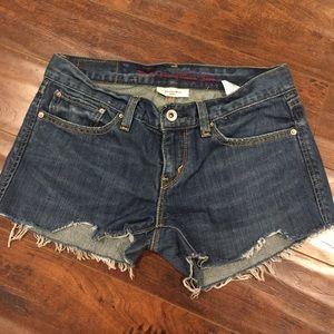 Levi's cutoff shorts sz 27