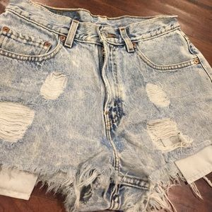 vintage Levi's cutoff shorts sz 29