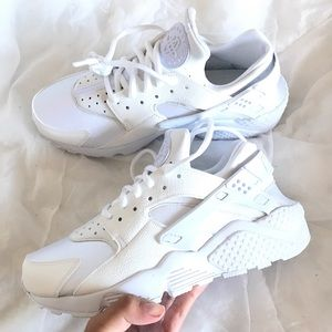 Triple white huaraches