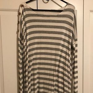 White and gray striped tunic