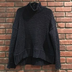 Free people over sized sweater. Navy.