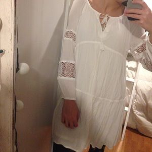 WHITE BOHO OLD NAVY DRESS SIZE SMALL