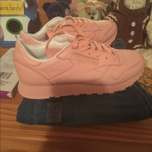 Limited edition baby pink Reebok classics