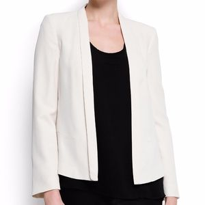 NWOT Mango - Minimalistic cut blazer 4 in cream