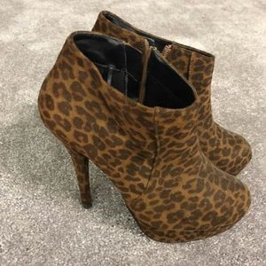 Forever 21 Cheetah print high heels