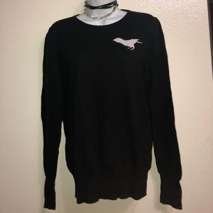 Very thin black sweater