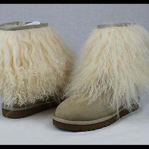 UGG Australia RARE  LONG MONGOLIAN SHEEPSKIN Boots