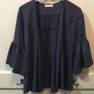 NWOT Pebble and Stone bell sleeved open cardigan