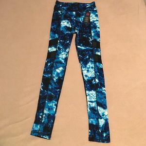 2 Popfit skinny athletic leggings