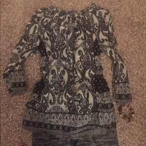 Lucky brand large tunic bell sleeves