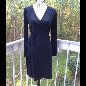 Old Navy Black Wrap Dress Size M.. True Wrap