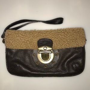 UGG || Leather Wristlet