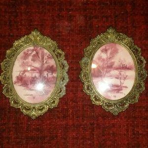 2 antique small frames