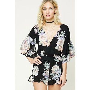 FOREVER 21 Contemporary Floral Bell Sleeve Romper
