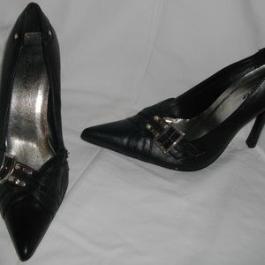 Black Forever 8-1/2 Pointed Toe High Heel Shoes