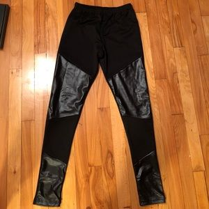 Pants - New!! Black leather look accent leggings