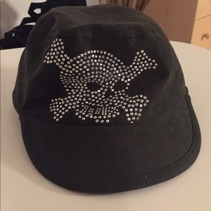 🎉just listed!! 👒☠️Skull Army Hat☠️👒