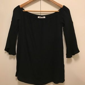 Off the Shoulder Black Bell Sleeve