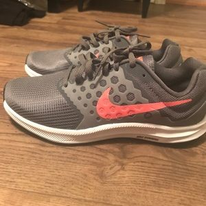 NWOT 7W Nike Downshifter 7 shoes!