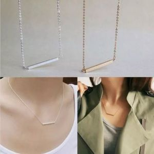 GOLD OR SILVER SIMPLE BAR NECKLACE